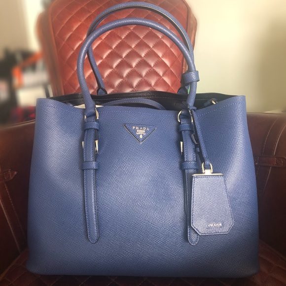 11d926a1f135 ... spain prada saffiano cuir medium double bag ink blue aa44d 0f846 best  price ...